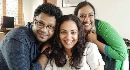 nithya menon father and mother