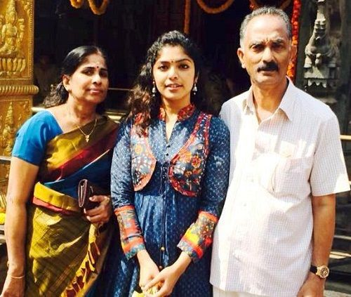 Rima Kallingal Parents