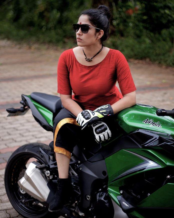 swasika malayalam serial actress