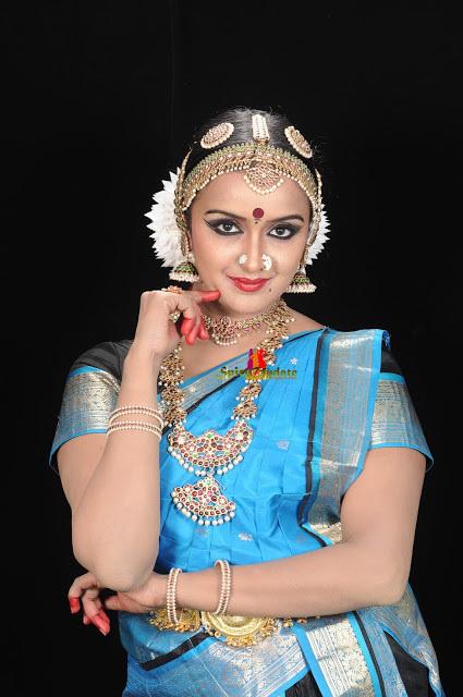 shalu menon serial actress