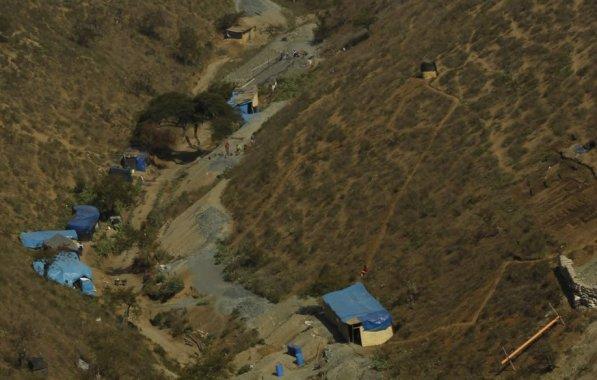 Una de las amenazas que existe en la zona es la minería informal que se lleva a cabo en un terreno aledaño al predio de la comunidad.