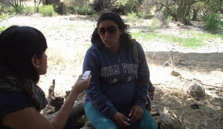 """Rosario Cruz es una minera en proceso de formalización de Nueva Esperanza Alta, localidad de Las Lomas. Ella señala que la formalización le permitiría trabajar con tranquilidad y ya no tendrá que """"esconderse"""". También resaltó que el apoyo del Gobierno Regional para el proceso de formalización es importante."""