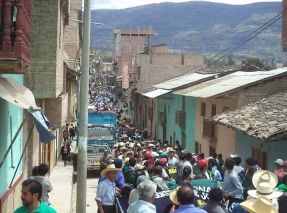 movilización bambamarca_conga_abril de 2014
