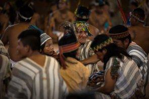 Comunidades nativas esperaron desde horas antes el encuentro con el Sumo Pontífice.