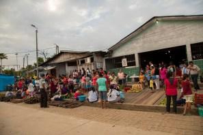 Aunque se trata de una ciudad chica, sus mercados registran actividad comercial desde bastante temprano.