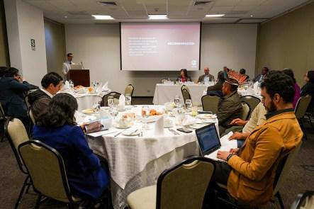 Samín Vargas del programa Biodiversidad y Pueblos Indígenas de la SPDA expone los detalles del estudio.