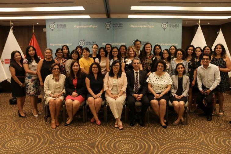 Transversalización del enfoque de género en la gestión del recurso hídrico en las políticas públicas.