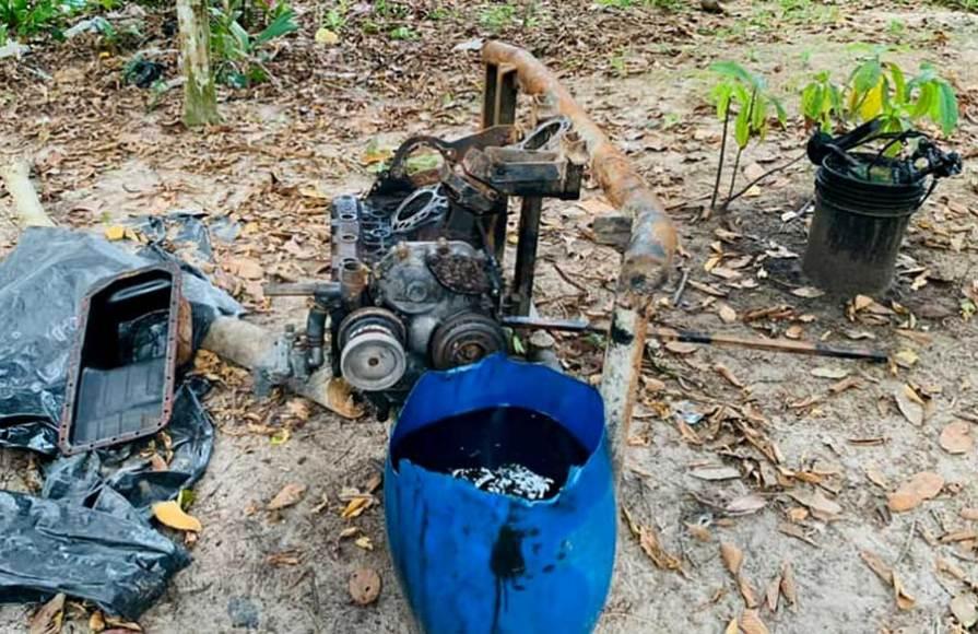 Motor de succión empleado para minería ilegal por pequedragas en el Nanay. Foto: Fema Maynas