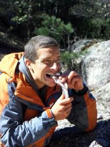 El explorador Bear Grylls no pudo sobrevivir en Bogotá.