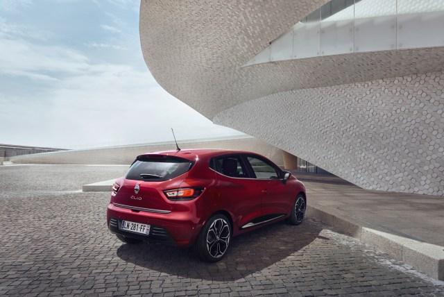 Renault_79225_global_fr