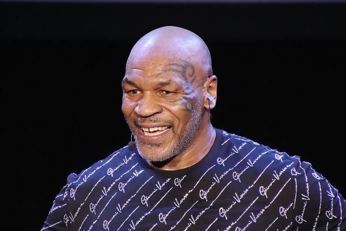 Mike Tyson parle d'affronter Jon Jones !