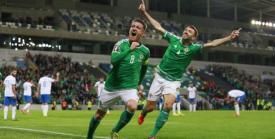 Joie des Joueurs de l'Irlande du Nord première qualif. Source: Twitter