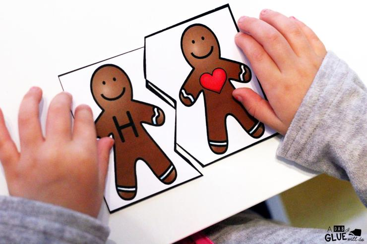 Initial Sound Gingerbread Puzzles are the perfect addition to your literacy centers. This free printable is perfect for preschool, kindergarten, and first grade students.