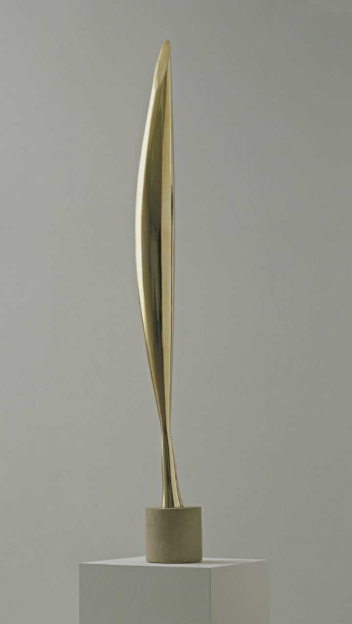 Constantin Brancusi. Bird in Space. 1928. Bronze, 54 x 8 1/2 x 6 1/2″ (137.2 x 21.6 x 16.5 cm). The Museum of Modern Art, New York. Given anonymously. © 2018 Artists Rights Society (ARS), New York / ADAGP, Paris. Photo: Imaging and Visual Resources Department, MoMA
