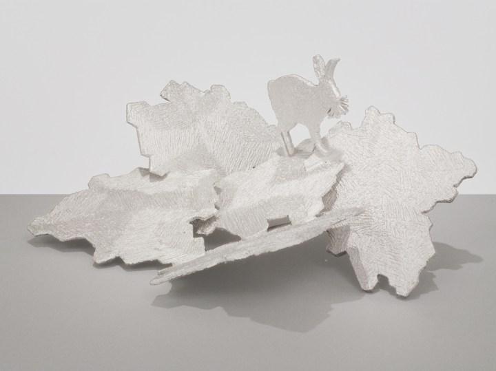 Kiki Smith, Trove, 2014, argento. Per gentile concessione dell'artista e della Pace Gallery