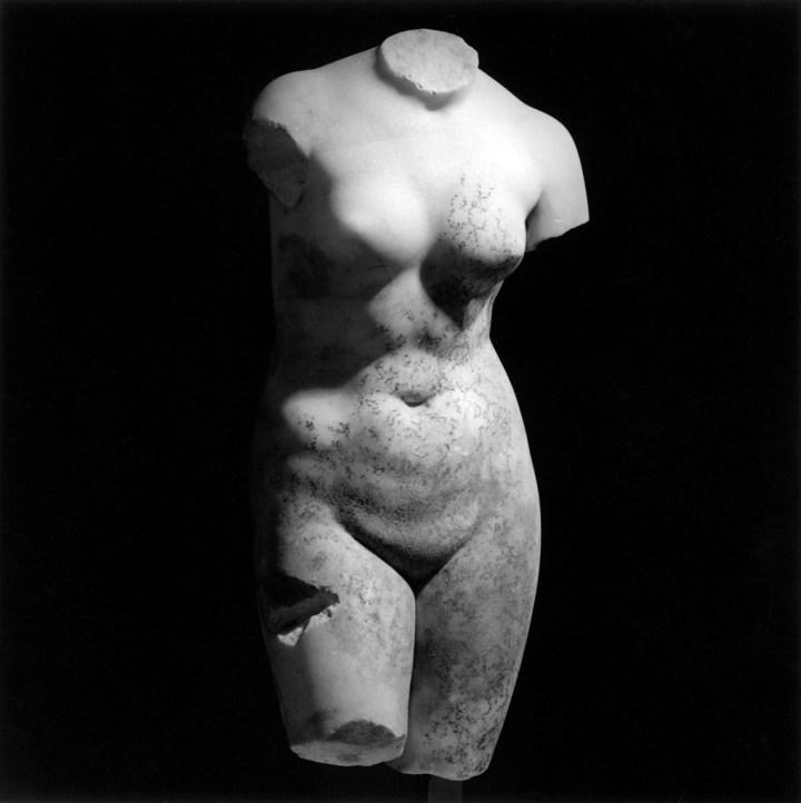 Robert Mapplethorpe, Female Torso, 1978, 50,8 x 40,6 cm. © Robert Mapplethorpe Foundation. Used by permission