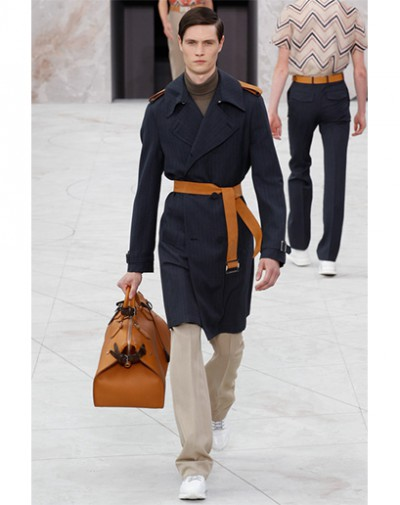 1403985592219_louis-vuitton-trench-2