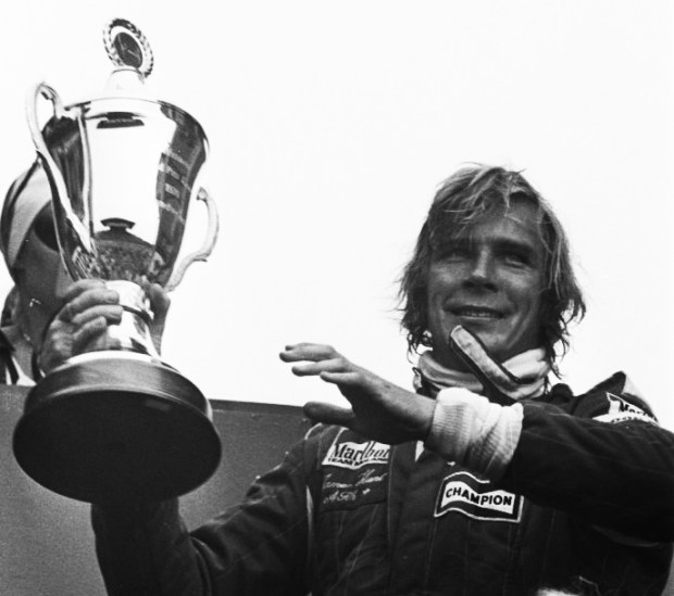 James_Hunt_-_Dutch_GP_1976_crop_mod