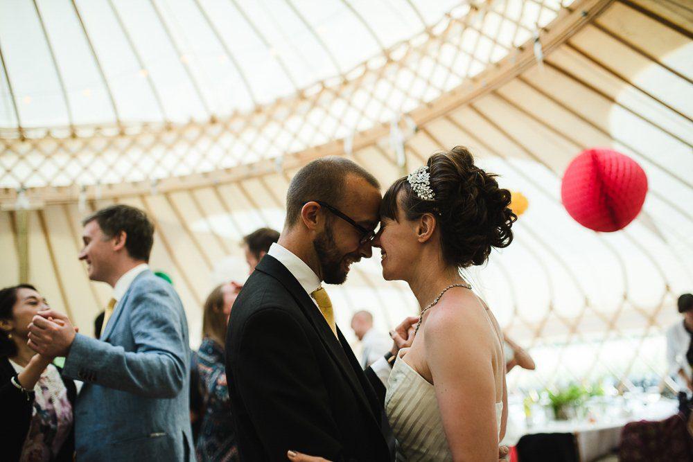 Documentary wedding photography_0096