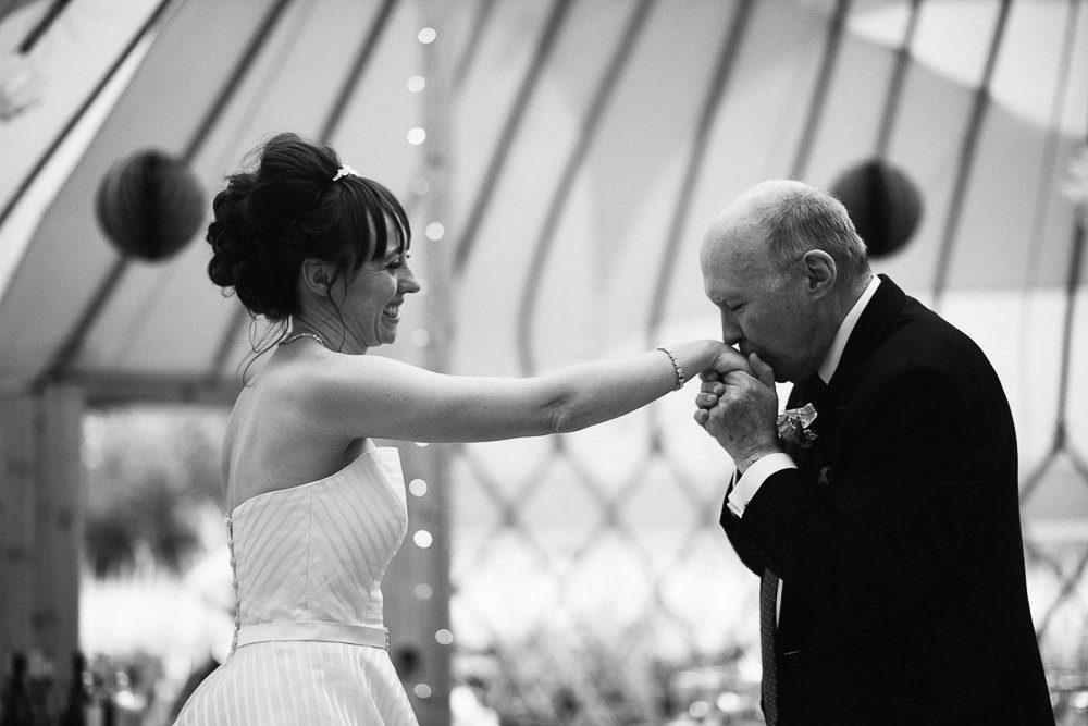 Documentary wedding photography_0103