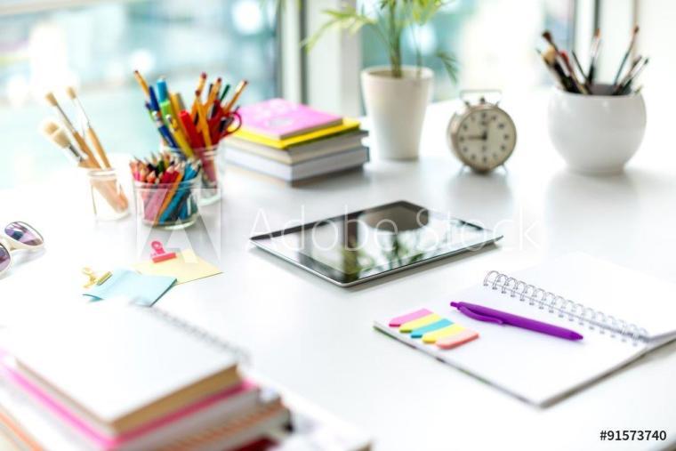 desk ipad notepad