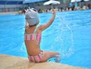 Çukurova Belediyesi'nin her yaz çocuklara yönelik olarak açtığı yüzme kursları başladı