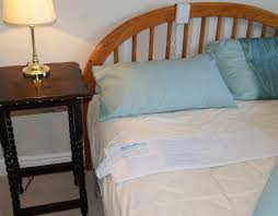 AideAlert_Bed_and_Chair_Finished_1_small