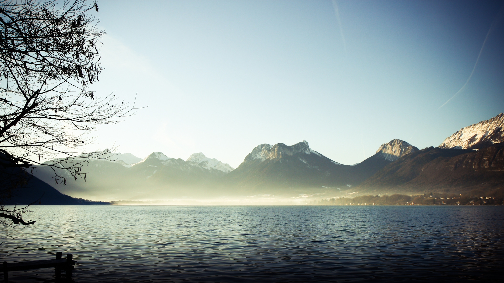 mountains_fog_lake_branches_silence_48345_1920x1080