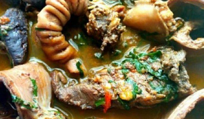 Prepare Hot Appetizing Cow Organ Meat Pepper Soup