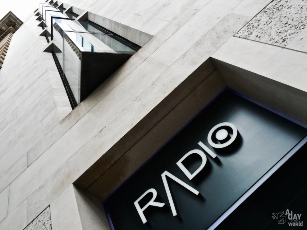 radio rooftop london out