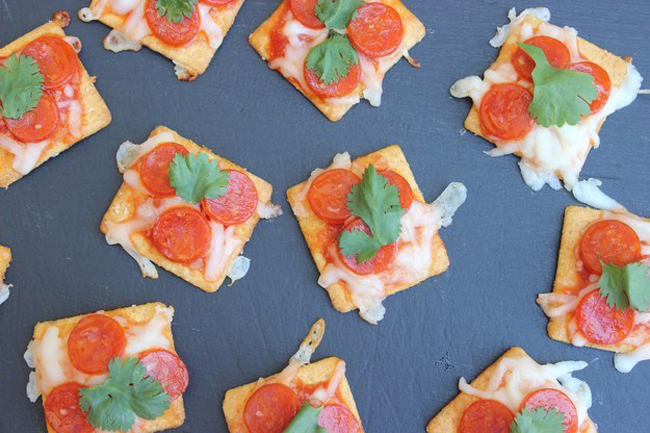 17 Easy Ways To Put Pizza On Everything 14