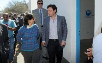 La Gobernadora Lucía Corpacci y el Pte. de Aguas de Catamarca Alberto Natella
