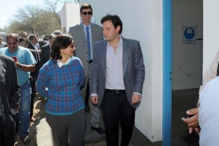 La Gobernadora Lucia Corpacci y el Presidente de Aguas de Catamarca Alberto Natella