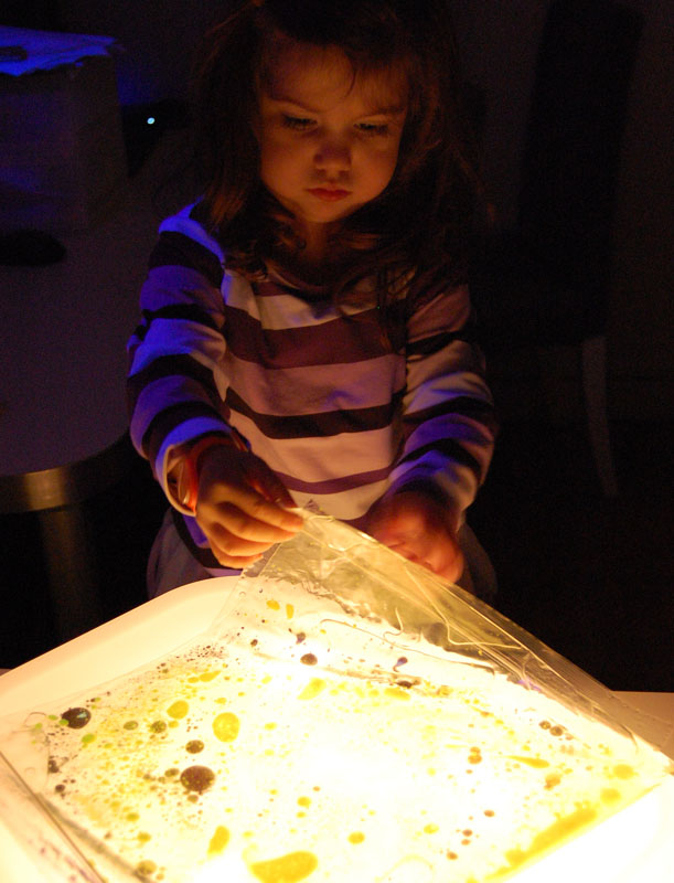 sensory bag light table1