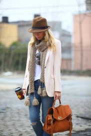 Adorable And Lovely Fall Outfits Ideas To Stand Out From The Crowd31