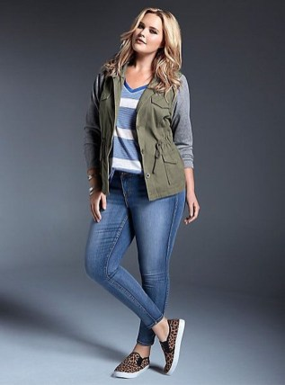 Casual And Comfy Plus Size Fall Outfits Ideas36