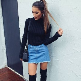 Modest But Classy Skirt Outfits Ideas Suitable For Fall29