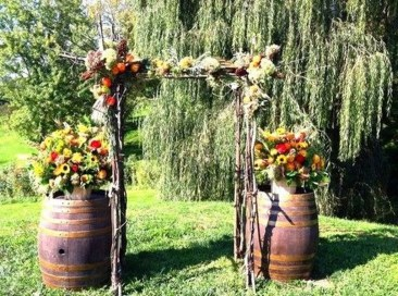 Awesome Outdoor Fall Wedding Tips Ideas15