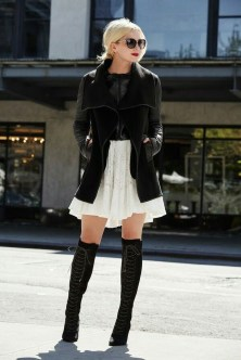 Cute Forward Fall Outfits Ideas To Update Your Wardrobe13