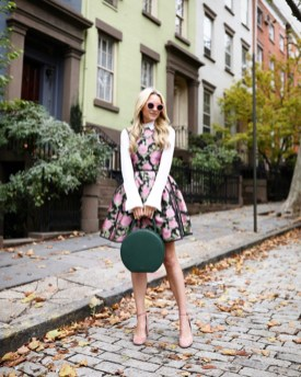 Cute Forward Fall Outfits Ideas To Update Your Wardrobe33