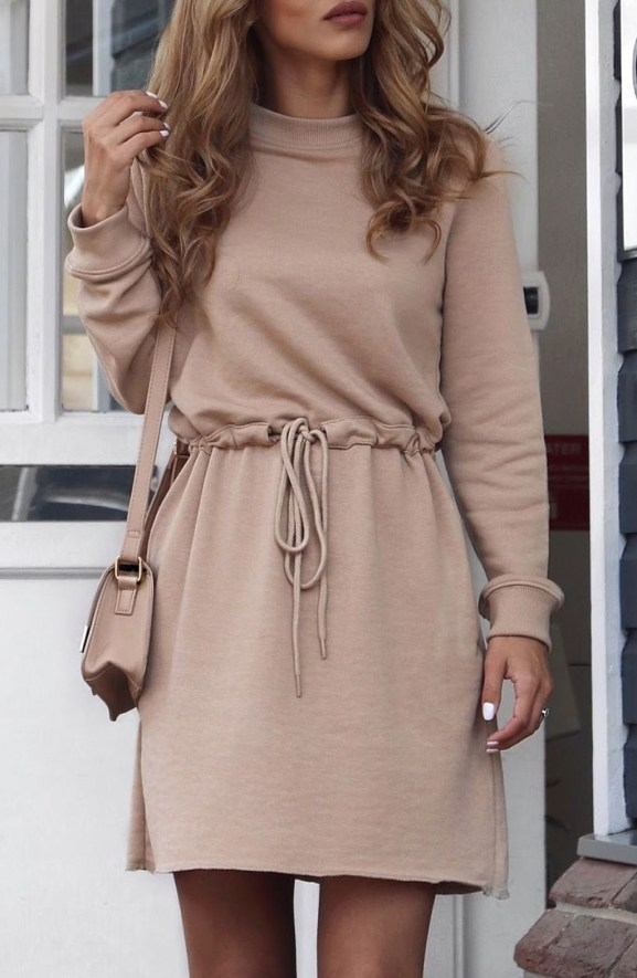 Cute Forward Fall Outfits Ideas To Update Your Wardrobe47