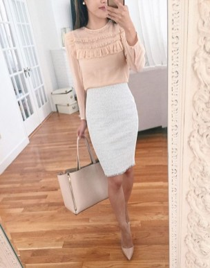 Stunning Work Office Outfit Ideas26