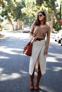 Adorable Winter Outfits Ideas Boots Skirts31