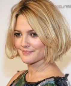 Awesome Haircuts Ideas For Round Face40