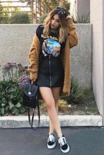 Charming Winter Outfits Ideas Teen Girl16