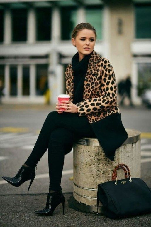 Charming Winter Outfits Ideas Teen Girl42