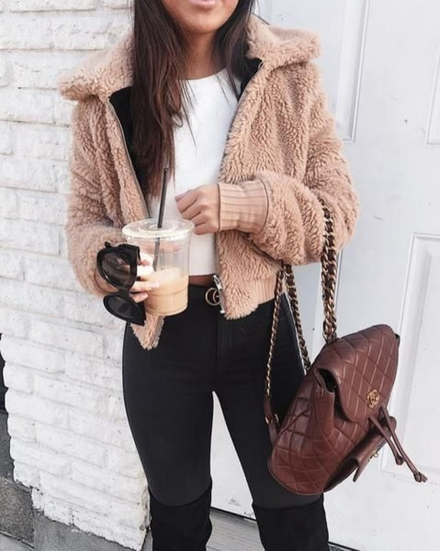 Charming Winter Outfits Ideas Teen Girl43
