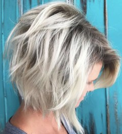 Cute Layered Bob Hairstyles Ideas07