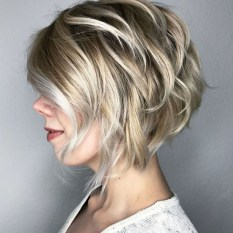 Cute Layered Bob Hairstyles Ideas22