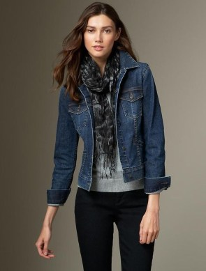 Delightful Winter Outfits Ideas Denim Jacket16